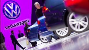 En France, des propriétaires de voitures et une association de défense de l'environnement avaient déjà déposé des plaintes visant Volkswagen.