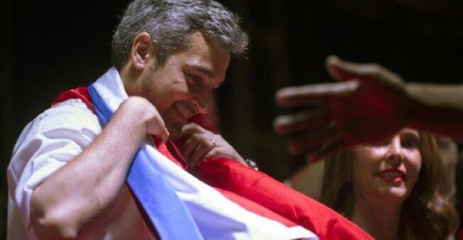 المرشح إلى الانتخابات الرئاسية في باراغواي ماريو إبدو بينيتيز في 19 نيسان/أبريل 2018 في أيتاغوا