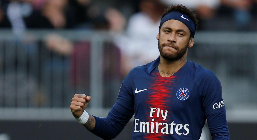Neymar celebra un gol en un partido del PSG contra el Angers. 11 de mayo de 2019.