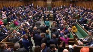 النواب البريطانيون خلال جلسة بمجلس العموم في 3 أبريل/نيسان 2019.