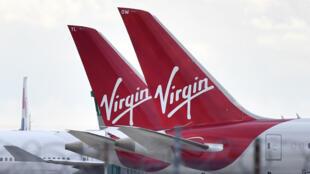 Unos aviones de la compañía Virgin Atlantic aparcados el 2 de abril de 2020 en el aeropuerto de Heathrow, al oeste de Londres