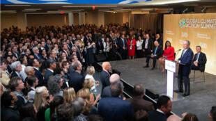 El exalcalde de Nueva York Michael Bloomberg habla durante la recepción de la apertura de la Cumbre de Acción Climática Global en San Francisco, California, el 12 de septiembre de 2018.
