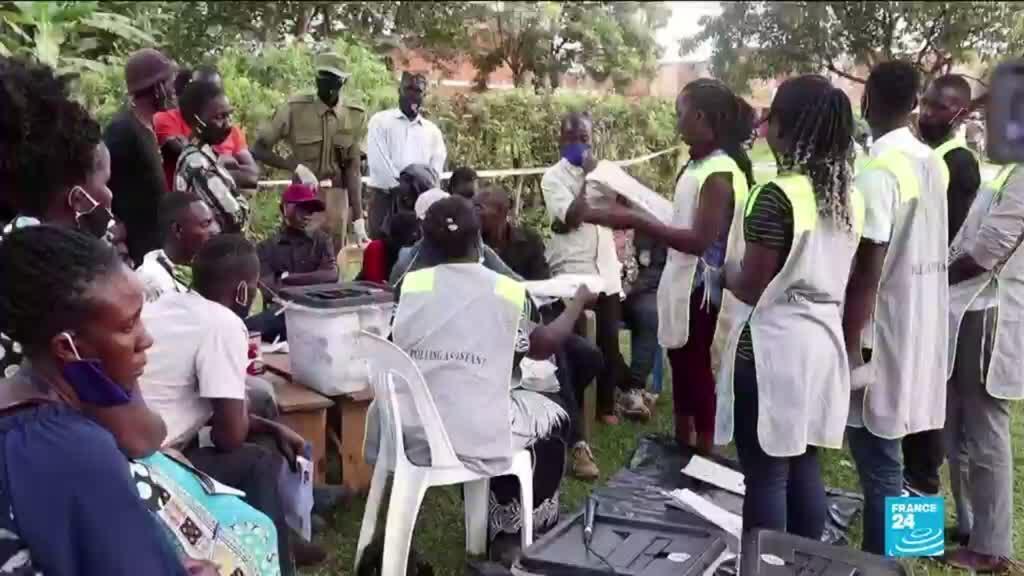2021-01-15 13:01 Présidentielle en Ouganda: le décompte a commencé, Bobi Wine affirme avoir gagné