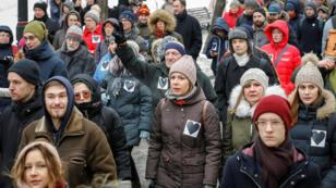 Los partidarios de la oposición asisten a la marcha para exigir la libertad de los presos políticos en Moscú, el 10 de febrero de 2019