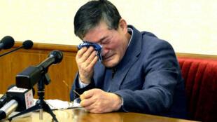 Un des prisonniers américains, Kim Dong-Chul, un homme d'affaires et pasteur âgé d'une soixantaine d'années, à Pyongyang, le 25 mars 2016.