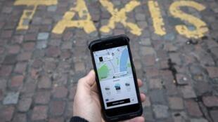 La llegada de Uber fue acogida con recelo por los taxistas en las principales ciudades de Europa.