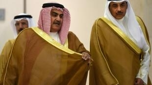 وزيرا خارجية الكويت والبحرين خلال اجتماع وزارء مجلس التعاون الخليجي في الرياض