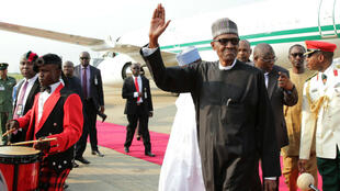 Muhammadu Buhari, lors de son arrivée à Abuja, le 19 août 2017.