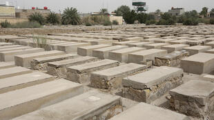 The Habibiya Jewish cemetery in Baghdad is wedged between the Martyr Monument erected by ex-dictator Saddam Hussein and the restive Shiite stronghold of Sadr City