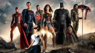 """Une fausse affiche de """"Justice League"""" circule dans certains cinémas en Chine."""