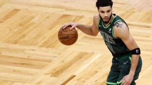 Le basketteur des Celtics Jayson Tatum lors d'un match de NBA contre Dallas, le 31 mars 2021 à Boston