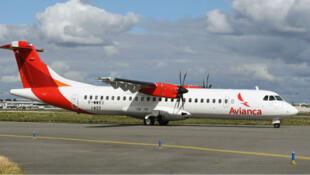 La huelga ha perjudicado a 15.000 pasajeros diarios. Avión ATR72 de Avianca 26 Sept. 2017