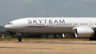 Le vol Air France AF463 reliait l'île Maurice à Paris lorsqu'il a été détourné à Mombasa, au Kenya.
