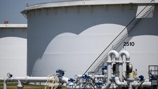 Una instalación de almacenamiento de petróleo crudo, el 4 de mayo de 2020 en Cushing, Oklahoma