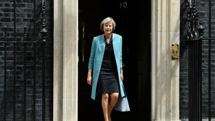 La ministre de l'Intérieur Theresa May sortant du 10 Downing Street, à Londres, le 27 juin 2016.