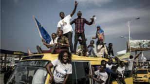 Des partisans du candidat de l'opposition Martin Fayulu, à Kinshasa, le 21novembre2018.