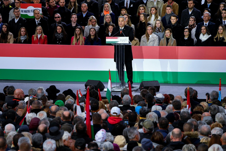 2021-10-23T145553Z_585531002_RC2QFQ9FNOT0_RTRMADP_3_HUNGARY-POLITICS-RALLY-ORBAN