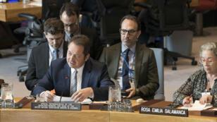 Fotografía cedida por la ONU, en la que aparece el enviado para Colombia, Carlos Ruiz Massieu, mientras informa al Consejo de Seguridad sobre la situación en el país, en la sede de Nueva York, EE. UU., el 12 de abril de 2019.