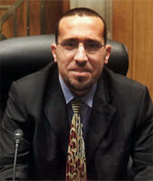 Hassan Moali, éditorialiste à El-Watan.