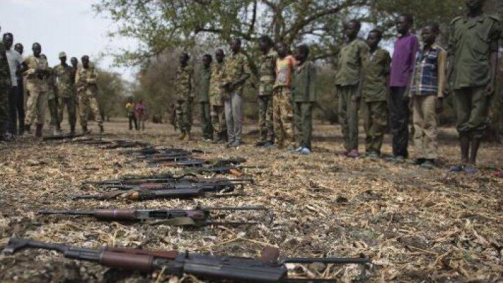 احتفال لليونيسف بمناسبة نزع سلاح جنود أطفال في في بيبور في جنوب السودان 10 فبراير 2015