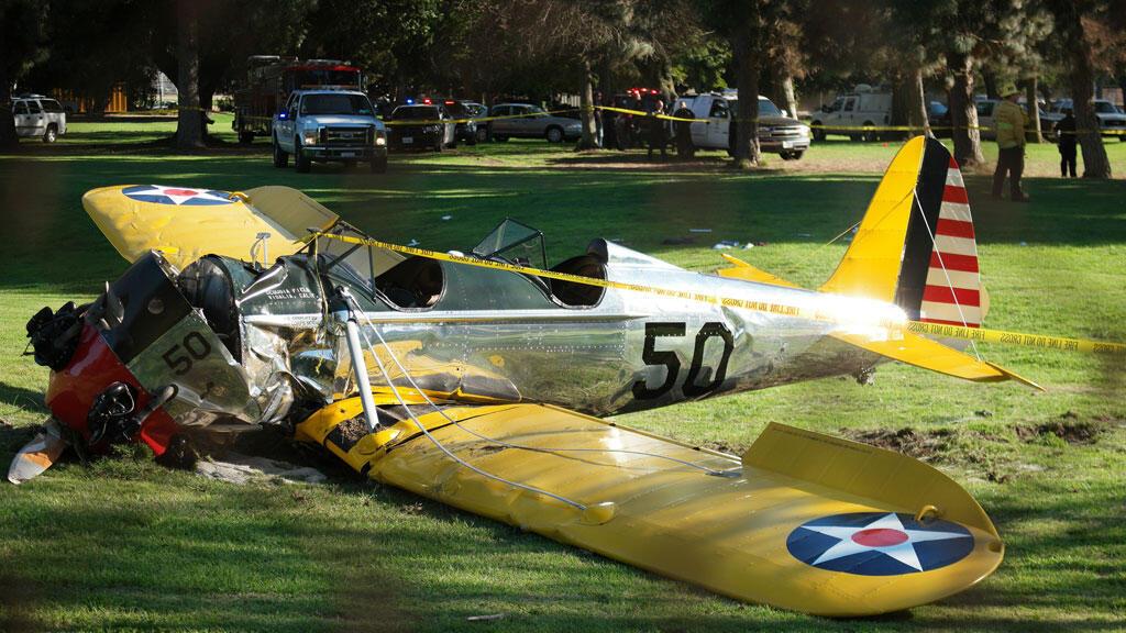 Harrison Ford a dû poser son avion en catastrophe sur un terrain de golf en raison d'une panne de moteur.