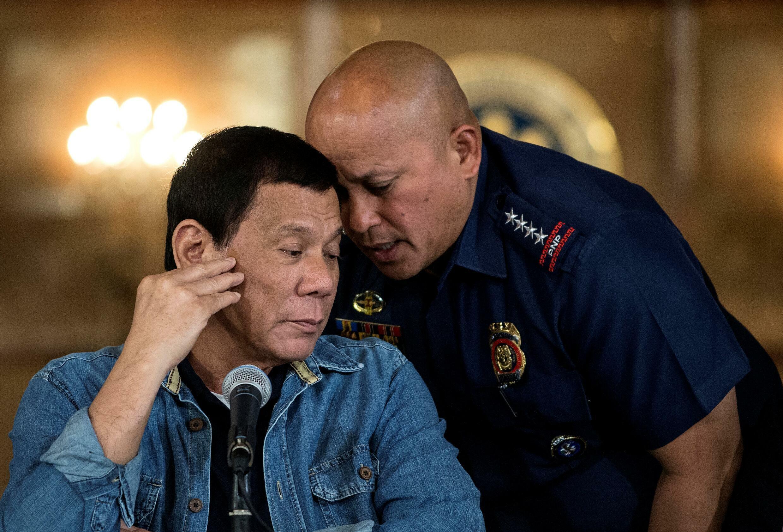 صورة من الارشيف في 30 كانون الثاني/يناير 2017 للرئيس الفيليبيني رودريغو دوتيرتي خللا مؤتمر صحافي في مانيلا