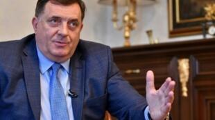 """Milorad Dodik, candidato serbio a la presidencia, afirma que la Bosnia de posguerra es un """"concepto fallido"""""""