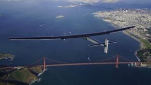 Le pilote et aventurier suisse Bertrand Piccard était aux commandes de Solar Impulse 2, un avion fonctionnant uniquement à l'énergie solaire.