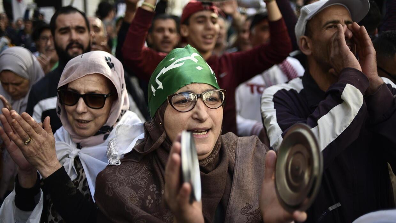 الحراك الشعبي في الجزائر يعد بمواصلة التظاهرات - فرانس 24
