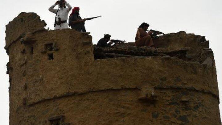 متطوعون سعوديون من إحدى القبائل للدفاع عن الحدود في جيزان