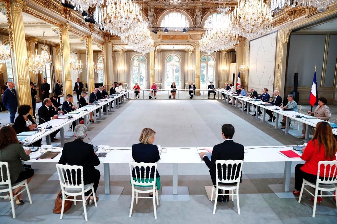 El primer Consejo de Ministros del nuevo Gobierno francés, celebrado el 7 de julio de 2020 en el Palacio del Elíseo, en París, Francia.