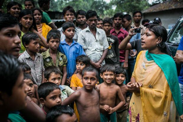 Radha Rani Sarker au Bangladesh milite contre le mariage des mineures. Une tâche d'une vaste ampleur qui implique de convaincre les femmes, comme les hommes.