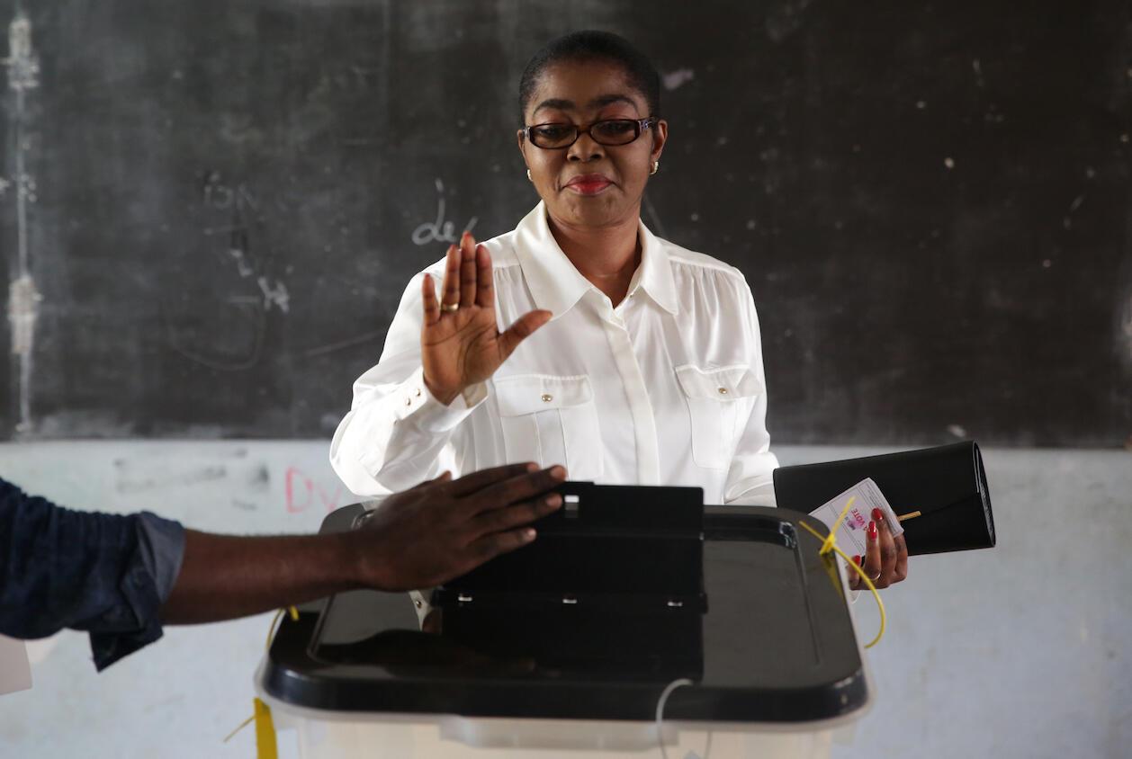 Rose Christiane Ossouka Raponda en octobre 2018, alors qu'elle était maire de Libreville, la capitale gabonaise. Le 16 juillet 2020, elle a été nommée Première ministre du Gabon.