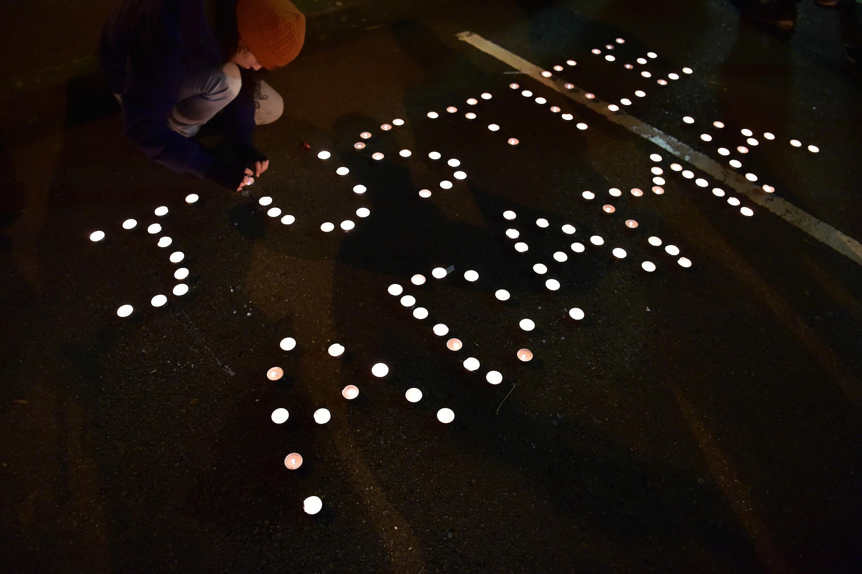 Manifestación el 22 de noviembre de 2016 en Beaumont-sur-Oise, en memoria de Adama Traoré, que murió durante un arresto policial el 19 de julio de 2016.