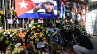 Hommages à la mémoire de Fidel Castro devant l'ambassade cubaine au Guatemala, le 28 novembre 2016.