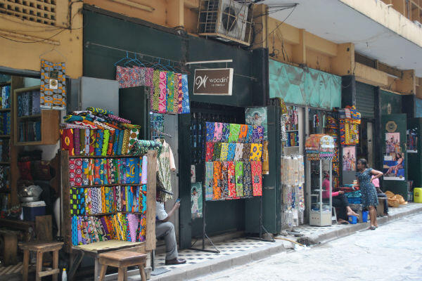 Pagnes on sale in a street of Abidjan.