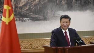 الرئيس الصيني شي جينبينغ أمام البرلمان في تشرين الأول/أكتوبر 2017