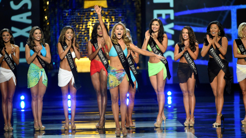 Miss Texas, Margana Wood, durante el desfile en traje de baño en el certamen 'Miss America' 2017. 10 de septiembre de 2017.