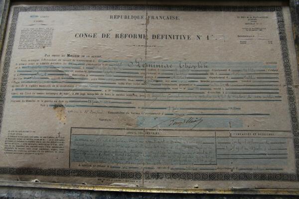 Le congé de réforme définitive de Théophile Réminiac encadré par sa famille