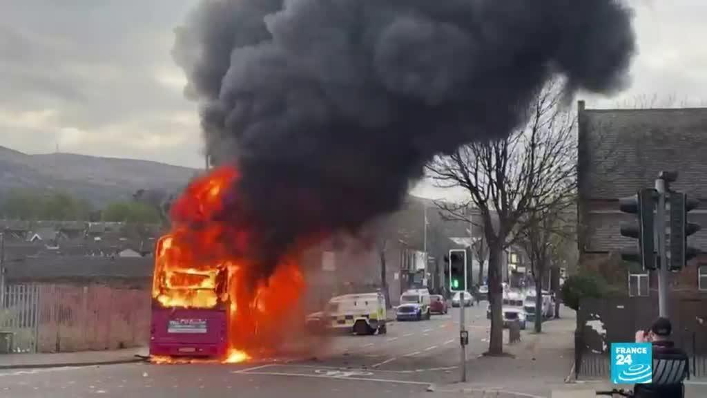 2021-04-11 01:05 Irlanda del Norte: calma en Belfast luego de una semana de protestas por el Brexit