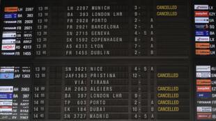 Sept syndicats avaient déjà appelé à une grève le 8 décembre, entraînant des perturbations de vols en Belgique.