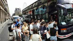 Thousands of tourists every year use diesel buses to see the city