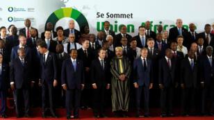 Líderes de la Unión Africana y la Unión Europea en Abiyán, Costa de Marfil.