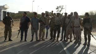 Des reporters de France 24 ont suivi à l'automne 2019 une milice de Misrata en Libye, dont les membres tenaient leur position face aux combattants fidèles à Khalifa Haftar.