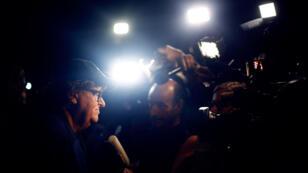 """El director Michael Moore habla a los medios en el estreno mundial de """"Fahrenheit 11/9"""" en el Festival Internacional de Cine de Toronto (TIFF) en Toronto, Canadá, el 6 de septiembre de 2018."""