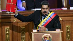 El presidente de Venezuela, Nicolás Maduro, habla durante una sesión especial de la Asamblea Nacional Constituyente para presentar su estado anual de la nación en Caracas, Venezuela, el 14 de enero de 2019.