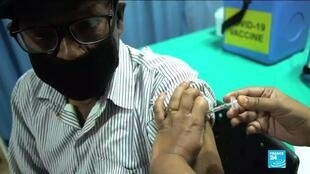 2021-03-24 12:07 Covid-19 : la campagne de vaccination en Inde au ralenti, du fait d'une défiance de la population