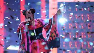 Netta Barzilai a remporté le duel annoncé par les bookmakers de l'Eurovision, samedi 12 mai 2018.