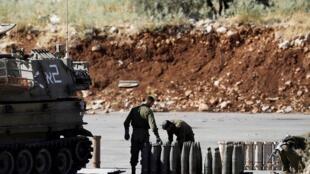 جنود إسرائيليون على دبابة في هضبة الجولان - 26 أغسطس/آب 2019