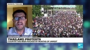 2020-11-18 12:03 Thailand protests: Thousands gather in Bangkok for another day of unrest